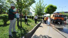 Kırgızlar Başkent sokaklarında