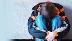 16 yaşındaki erkek çocuğa travesti evinde tecavüz