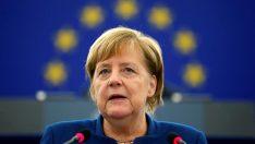 """Merkel'den AB'ye """"Türkiye ile yapıcı ilişki"""" mesajı"""