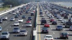 Milyonlarca araç sahibine müjde… Trafik sigortasına 6 ay zam yok!