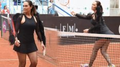 Hülya Avşar, tenis kıyafetiyle turnuvaya damga vurdu