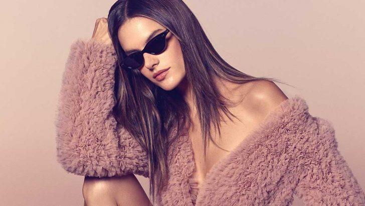 Victoria's Secret meleği Alessandra Ambrosio'nun deniz kızı pozu olay oldu!