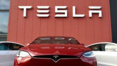 Tesla hisseleri ilk kez 2 bin doları aştı