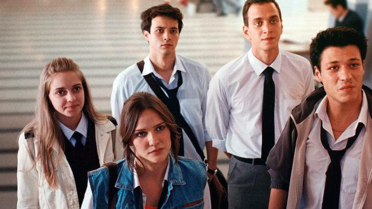 'Aşk 102' dizisinin oyuncuları koronavirüse yakalandı, çekimler durdu