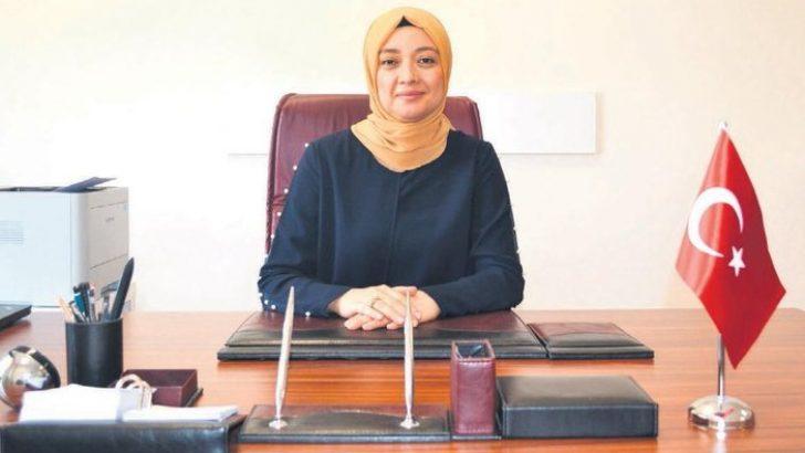 Türkiye'nin ilk başörtülü BAM Daire Başkanı