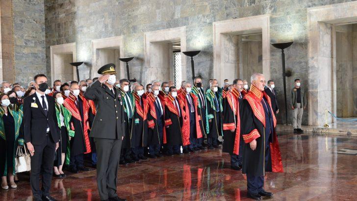 Yargıtay üyeleri Anıtkabir'de